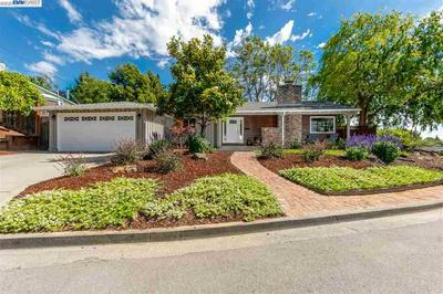 2543 LANCASTER RD, Hayward, CA 94542 - Photo 1