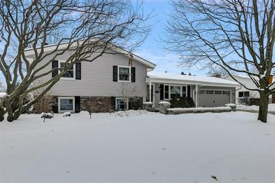 7368 S 70TH ST, Franklin, WI 53132 - Photo 1
