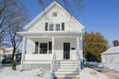808 DODGE ST, Watertown, WI 53094 - Photo 2