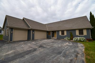 2320 E CODY CT, Oak Creek, WI 53154 - Photo 2