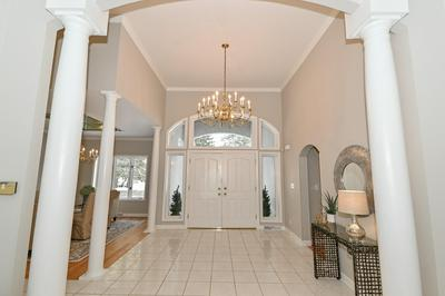 10553 N RIVERLAKE DR, Mequon, WI 53092 - Photo 2