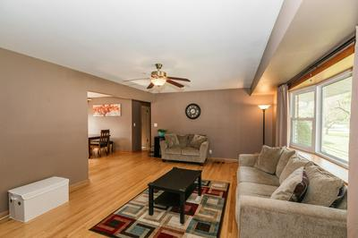 4955 S BROOKDALE DR, Greenfield, WI 53228 - Photo 2