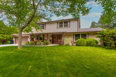 1004 CRESTVIEW DR, Port Washington, WI 53074 - Photo 1