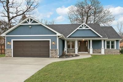 5404 S 43RD ST, Greenfield, WI 53220 - Photo 1