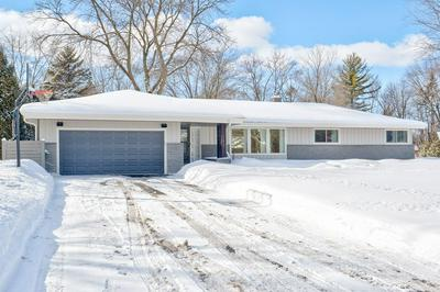 11611 N MULBERRY DR, Mequon, WI 53092 - Photo 1