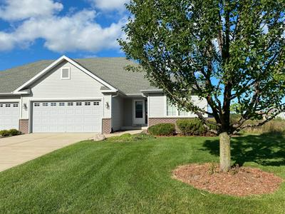 9914 PRAIRIE CROSSING DR, Caledonia, WI 53126 - Photo 1