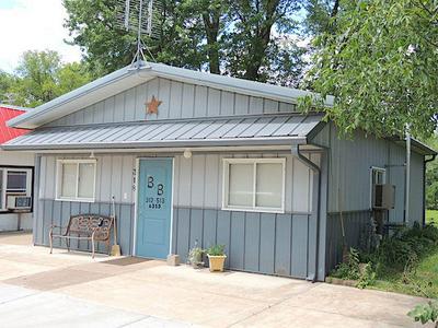 318 E LINCOLN ST, Augusta, WI 54722 - Photo 1
