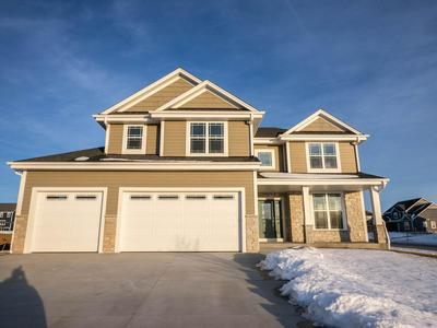 W236N7246 MEADOW CT, SUSSEX, WI 53089 - Photo 1