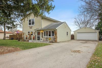 S70W14505 CATALINA DR, Muskego, WI 53150 - Photo 2