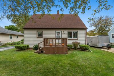 5965 S PHILLIPS AVE, Greenfield, WI 53221 - Photo 1