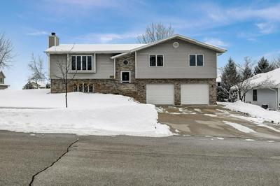 813 ROYAL DR, West Bend, WI 53090 - Photo 1