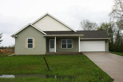 1566 HICKORY ST, Rockland, WI 54653 - Photo 1