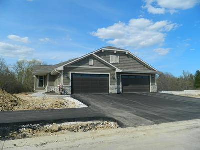 20060 OVERSTONE DR # 40-1, Lannon, WI 53046 - Photo 2