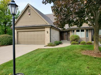 19110 STONEHEDGE DR # A, Brookfield, WI 53045 - Photo 1