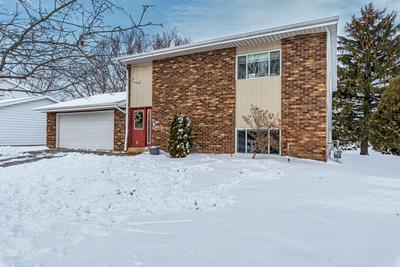4220 W MANGOLD AVE # 4222, Greenfield, WI 53221 - Photo 1
