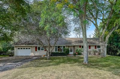 1613 S RANCH RD, New Berlin, WI 53151 - Photo 2