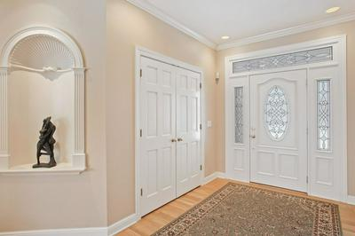 11601 N GRACE CT, Mequon, WI 53092 - Photo 2