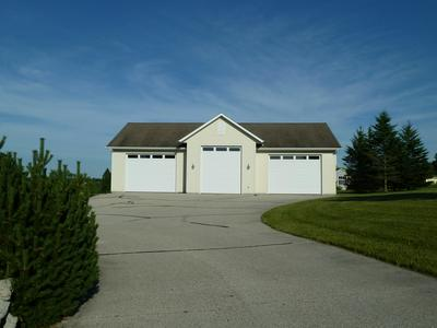 7350 W BEND RD, Wayne, WI 53091 - Photo 1