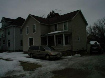 1827 WISCONSIN ST, MARINETTE, WI 54143 - Photo 1