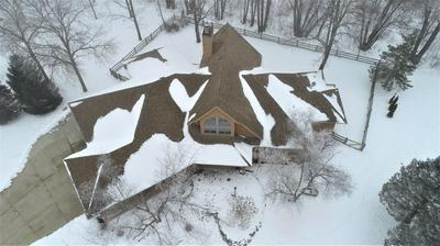1614 COUNTRY CLUB LN, Watertown, WI 53098 - Photo 2