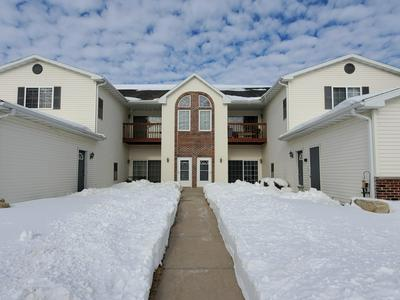 1604 COMMONWEALTH DR APT 4, Fort Atkinson, WI 53538 - Photo 1