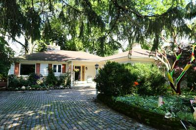 1125 LONE TREE RD, Elm Grove, WI 53122 - Photo 2