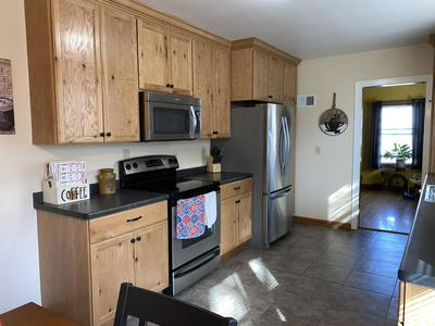 122 N CHESTER ST, SPARTA, WI 54656 - Photo 2