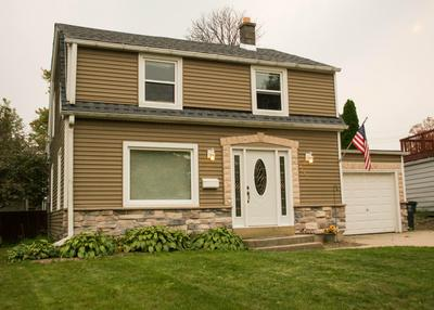 4623 W WILBUR AVE, Greenfield, WI 53220 - Photo 2