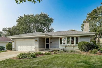 5362 LAKEVIEW DR, Greendale, WI 53129 - Photo 1