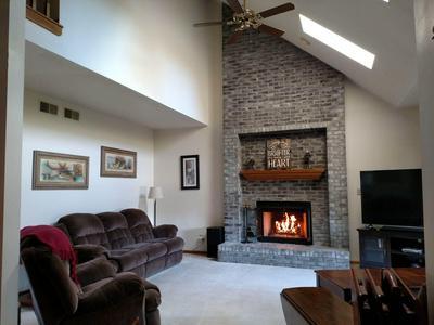 9751 S FOX RUN, Oak Creek, WI 53154 - Photo 2