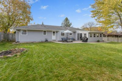 S77W17394 ST LEONARDS DR, Muskego, WI 53150 - Photo 2