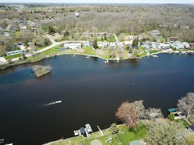 125 RIVERSIDE DR, Waterford, WI 53185 - Photo 2