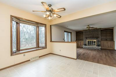 S77W19717 SUNNY HILL DR, Muskego, WI 53150 - Photo 2