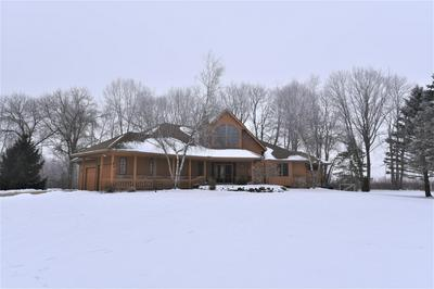 1614 COUNTRY CLUB LN, Watertown, WI 53098 - Photo 1