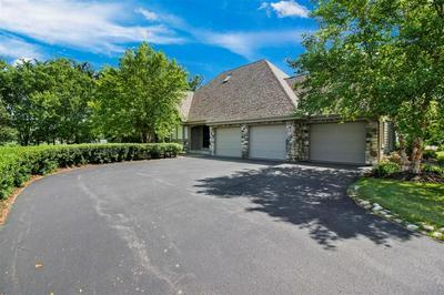 10870 S NICHOLSON RD, Oak Creek, WI 53154 - Photo 2