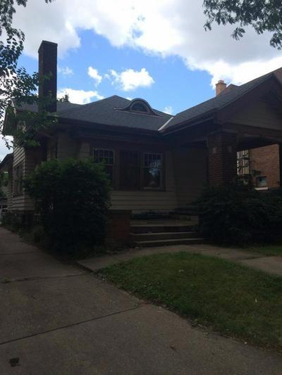 1811 S LAYTON BLVD, Milwaukee, WI 53215 - Photo 2