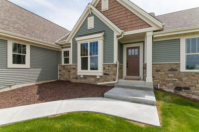 685 TWIN CREEK DR, DOUSMAN, WI 53118 - Photo 2