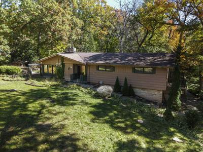 W166S6786 OAKHILL DR, Muskego, WI 53150 - Photo 1