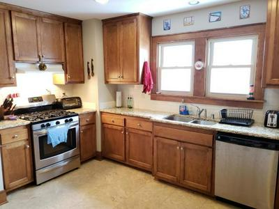 4217 N NEWHALL ST # 4219, Shorewood, WI 53211 - Photo 2