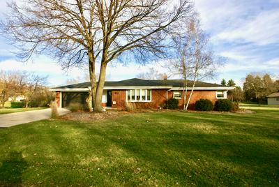 4956 S 69TH ST, Greenfield, WI 53220 - Photo 2