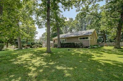 5551 S 44TH ST, Greenfield, WI 53220 - Photo 2