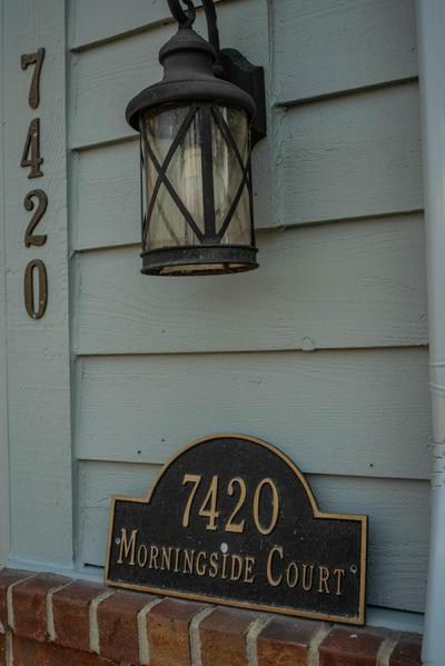 7420 W MORNINGSIDE CT, Franklin, WI 53132 - Photo 2