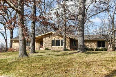 5301 RADCLIFF DR, Greendale, WI 53129 - Photo 2