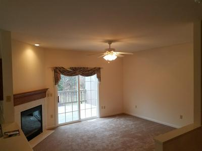 14075 SOLITAIRE CT, New Berlin, WI 53151 - Photo 2