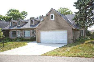 3749 S OAKBROOK DR, Greenfield, WI 53228 - Photo 2