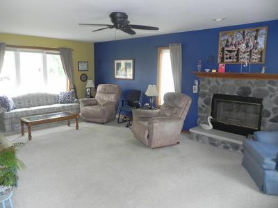 406 S COTTRELL DR, Saukville, WI 53080 - Photo 2