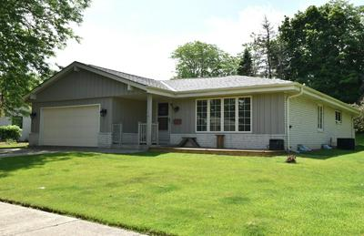 4995 SUSSEX LN, Greendale, WI 53129 - Photo 2