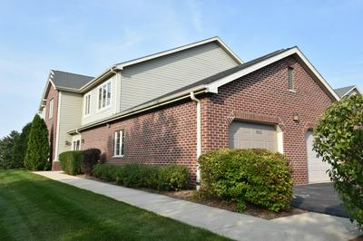 4865 S FOREST RIDGE DR, New Berlin, WI 53151 - Photo 1