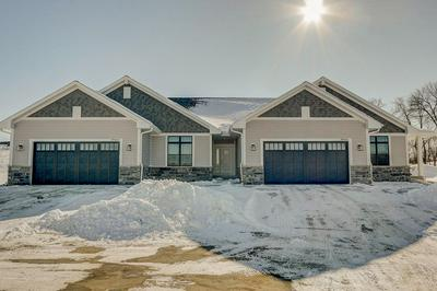 20031 OVERSTONE DR # 28-1, Lannon, WI 53046 - Photo 2