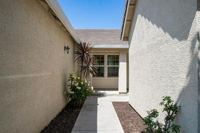 10463 DANICHRIS WAY, Elk Grove, CA 95757 - Photo 2